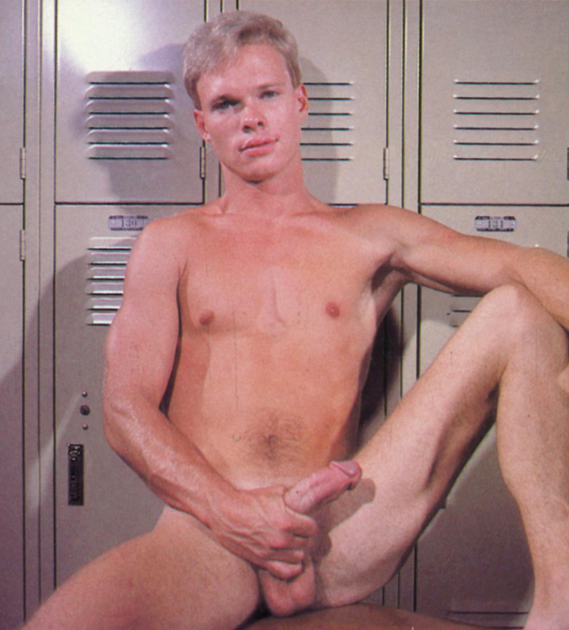 Cabin Fever Porn Gay gay porn - bijoublog - page 3