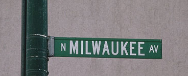 Milwaukee Avenue sign in Chicago